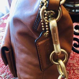 Coach Bags - Coach Leather Bag.Tan.